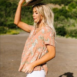 Cozy Casual~Apricot Swiss Dot Floral Top NWT